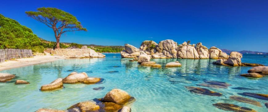 Découvrez les plus beaux sites de Corse à votre rythme