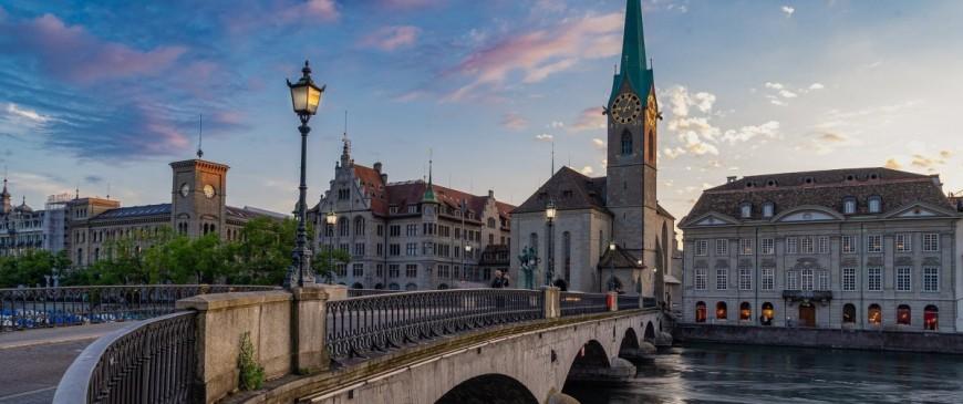 Vacances d'été en Suisse : location de voiture et autres conseils